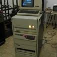 Questo e' il nostro DEC PDP-11/34, perfettamente funzionante, con SPACE INVADERS funzionante su terminale DEC VT-100. Ci e' stato donato dalla REM Radioterapia di Catania grazie all'interessamento del Dott. Marco […]